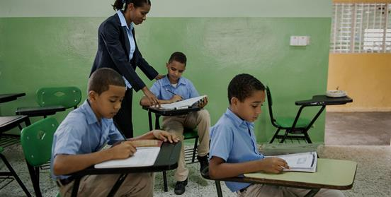 proyecto educativo en Santo Domingo
